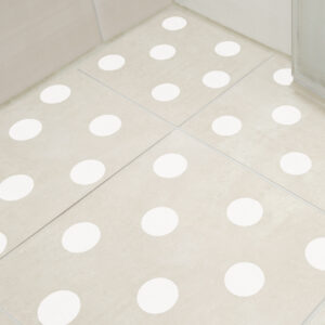Adesivo para Piso Banheiro Antiderrapante Bolas Brancas
