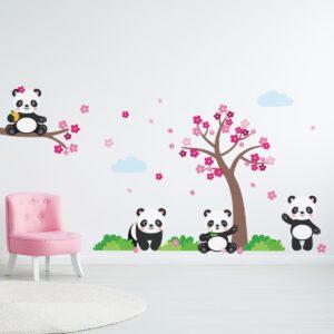 Adesivo de Parede Pandas e Árvore